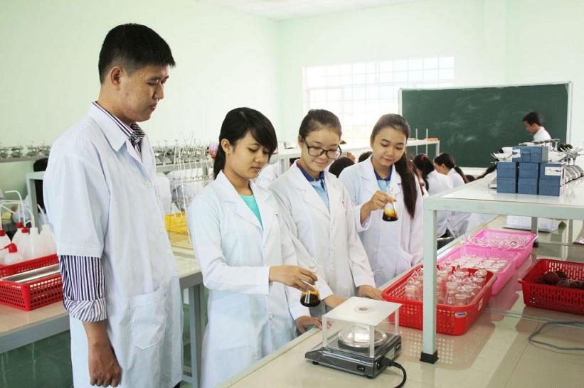 Tuyển sinh văn bằng 2 Cao đẳng Dược tại Tp. Hồ Chi Minh 1