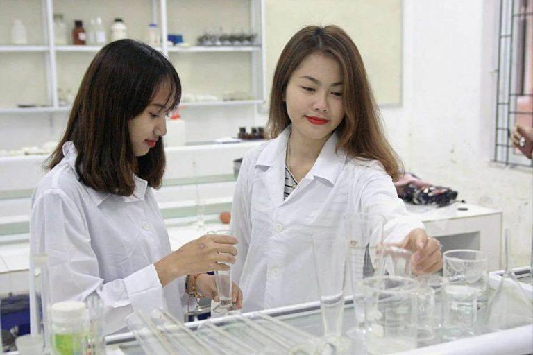 Học liên thông cao đẳng Dược mở ra nhiều cơ hội việc làm cho sinh viên
